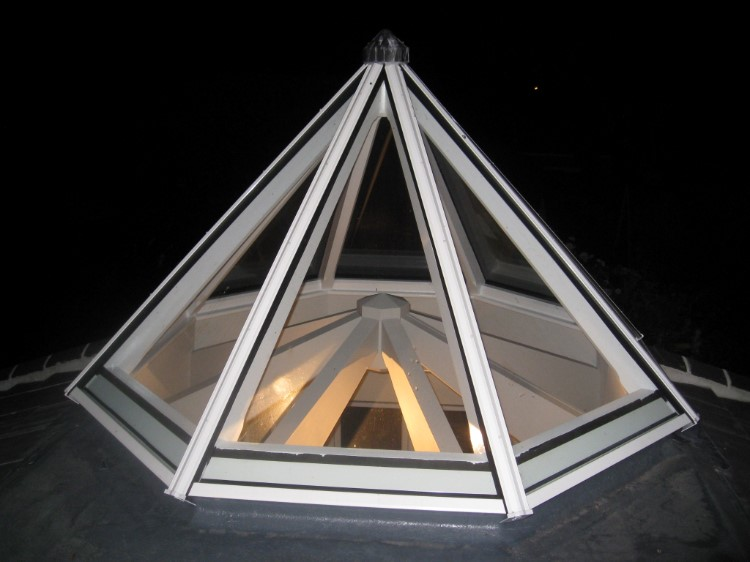 Central Feature Rooflight